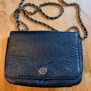 Tory Burch Robinson Patent Adjustable Chain Bag